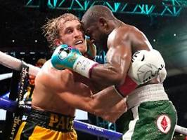legende trifft (auf) youtuber: bei diesem boxkampf gibt es zwei sieger