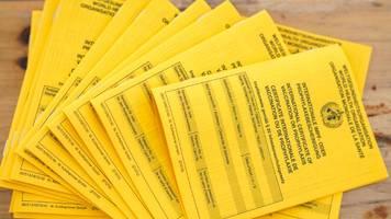 Corona-News: Einbrecher stehlen Blanko-Impfpässe