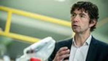 Coronavirus in Deutschland: Christian Drosten warnt vor Rückschlägen für Impfkampagne im Sommer