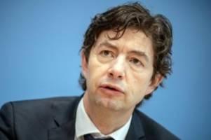 Corona-Pandemie: Drosten warnt vor Rückschlägen für Impfkampagne im Sommer
