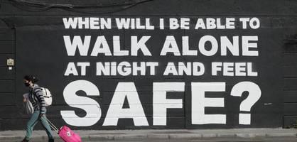 Britischer Polizist gesteht Entführung und Vergewaltigung von Sarah Everard