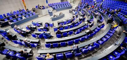 Bundestag debattiert in Aktueller Stunde über Maskenaffäre