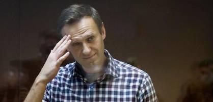 """Russisches Gericht stuft Nawalny-Organisation als """"extremistisch"""" ein"""