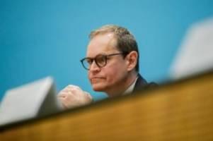 Bundesländer: Michael Müller: Großveranstaltungen sind noch nicht möglich