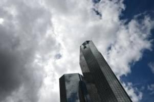 Verbraucherrecht: Deutsche Bank erwartet wegen Gebührenurteil Millionenkosten