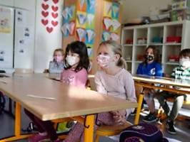 Impfung oder Ansteckung: Wie gefährlich ist Covid-19 für Kinder?