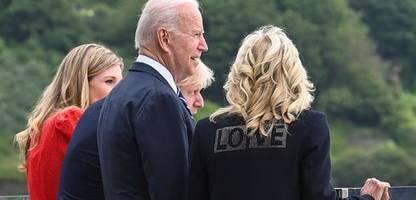 Jill Biden vor G7-Gipfel: Aufdruck mit »Love«-Botschaft auf der Jacke