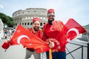 Live-Ticker: Live: Türkei und Italien eröffnen in Rom die Fußball-EM