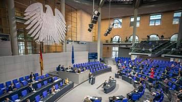 Reaktion auf Maskenaffäre: Bundestag verschärft Regeln bei Bestechung und Lobbyismus