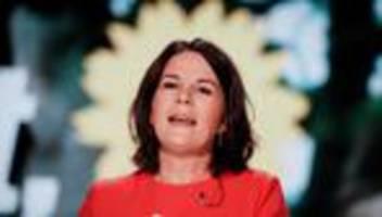 INSM-Kampagne gegen Annalena Baerbock: Die gehört nicht zu uns