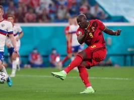 Lukaku trifft und grüßt Eriksen: Mitfavorit Belgien siegt ohne Glanz