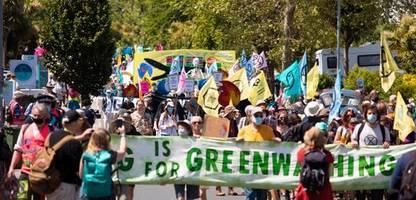 Umweltaktivisten fordern mehr Klimaschutz