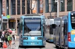 verkehr: nach ende des lockdowns: Öffentlicher nahverkehr läuft an