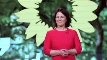 bundesparteitag: grüne wählen annalena baerbock zur kanzlerkandidatin