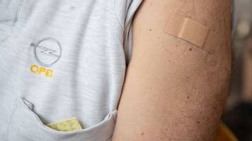 Corona-Pandemie: Zweiter Impfstoff für Betriebsärzte