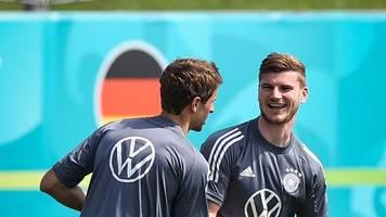 DFB-Team - Werner nimmt Joker-Rolle an: Das ist ein Team-Turnier