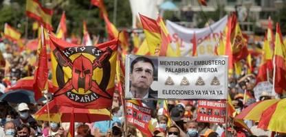 Geplante Begnadigung: Zehntausende demonstrieren in Madrid gegen Separatisten