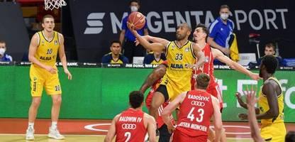 basketball: alba berlin meister nach finalsieg über bayern münchen – not-op bei paul zipser