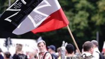 bei zeigen von reichskriegsflaggen droht künftig verfahren