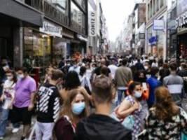 Corona-Pandemie: Warum die Maskenpflicht bald fallen könnte
