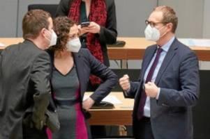 Pandemie: Senat plant weitere Lockerungen der Corona-Beschränkungen