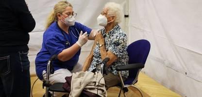 Corona-News am Montag: RKI registriert 549 Neuinfektionen, Sieben-Tage-Inzidenz sinkt