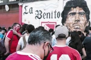 Fußball-Legende: Lügen und mehr: Landet Diego Maradonas Tod vor Gericht?