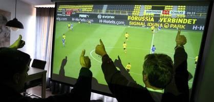 Darauf sollten Sie beim Kauf eines Beamers für die Fußball-EM achten