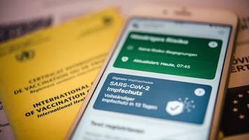 Zweimal scannen: So kommt der Impfnachweis in die App
