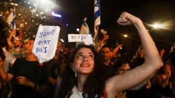 israel: regierung in israel vereidigt - merkel und biden gratulieren