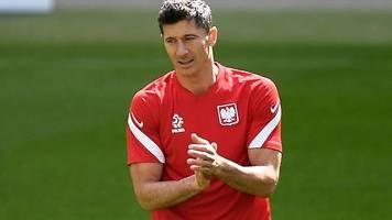 Spiel gegen Slowakei: Polen setzt auf Toptorjäger Lewandowski