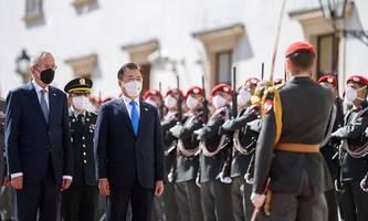 Südkoreas Präsident Moon in Wien: Gespräche über Corona, Nordkorea und die Wirtschaft