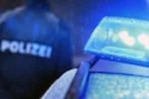 """streit im geschäft - """"scharfe gewalt"""": 45-jähriger lebensgefährlich verletzt - polizei fahndet nach täter"""