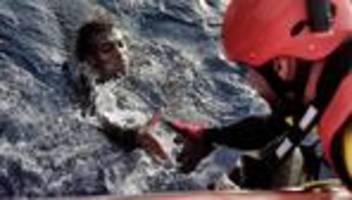 Mittelmeer: Parlamentspräsident fordert EU-Mission zur Seenotrettung
