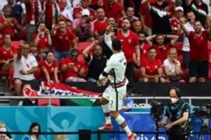 Fußball-EM: Ronaldo trifft doppelt am Rekordtag: Portugal besiegt Ungarn
