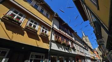 Erfurt: Schiffchen wehen über Krämerbrücke – zum Krämerbrückenfest