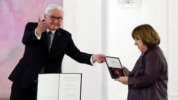 bundesverdienstkreuz: steinmeier würdigt regime-kritiker in belarus