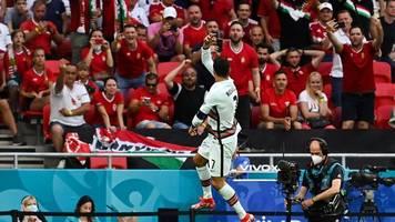 Fußball-EM - Ronaldo trifft doppelt am Rekordtag: Portugal besiegt Ungarn