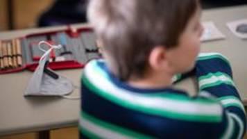 Mehrere Bundesländer lockern Maskenpflicht an Schulen