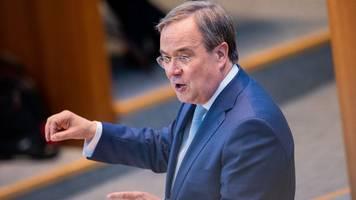 Bundestagswahl - Forsa-Umfrage: Laschet in Kanzlerpräferenz vor Baerbock vorn