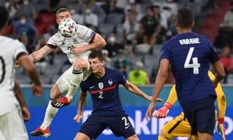 Kopfverletzung: Im geringsten Zweifel sollten Fußballer vom Platz