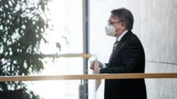 masken-skandal: spahn belastet nüßlein schwer