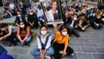 Türkei: Angreifer erschießt Mitarbeiterin im Parteibüro der prokurdischer HDP