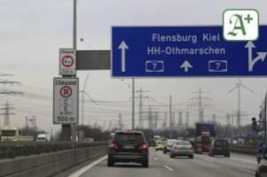 Verkehr in Hamburg: Staugefahr in Hamburg steigt: Ferienbeginn und Baustellen