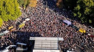 Bundestagswahl: #unteilbar-Demo für gerechtere Gesellschaft