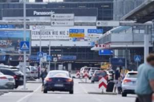 Tourismus: Tourismus in Hamburg auch im April noch am Boden