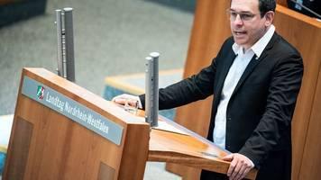 grüne loben cdu-ministerin für verhinderung von fahrverboten