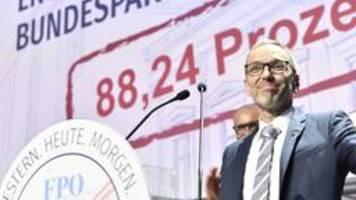 kickl ist neuer parteichef der rechten fpÖ in Österreich