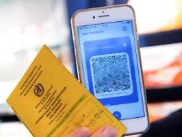 Apotheken bieten Zertifikat an: 22 Millionen digitale Impfpässe ausgestellt