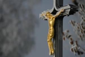 Katholiken: Missbrauch in der Kirche: Hunderte neue Hinweise